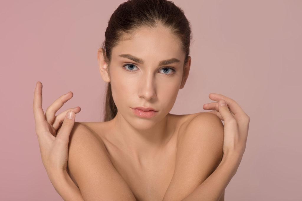 Model @mulika.a  Ma @capricemodels
